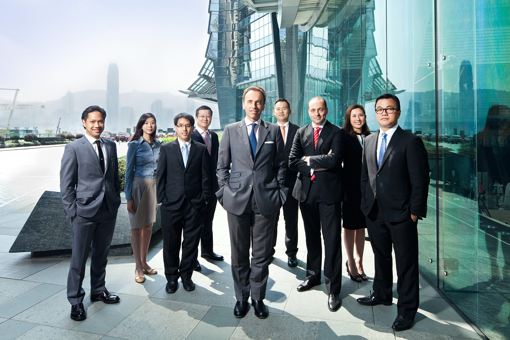 People_Corporate_01